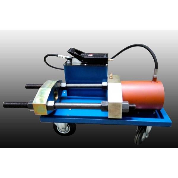 Устройство выпрессовки шкворней и других деталей грузовой техники. ПШ-70. Усилие 70т. Пневмогидравлический привод